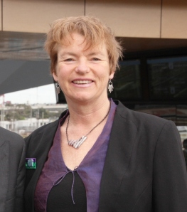 IMG_5972-Janet_Rice-at_North-Melbourne-station-600x680