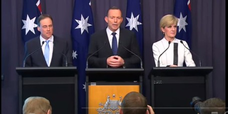 20150811-Tony-abbott-Julie-bishop-Greg-Hunt-on-emissions-target-feature